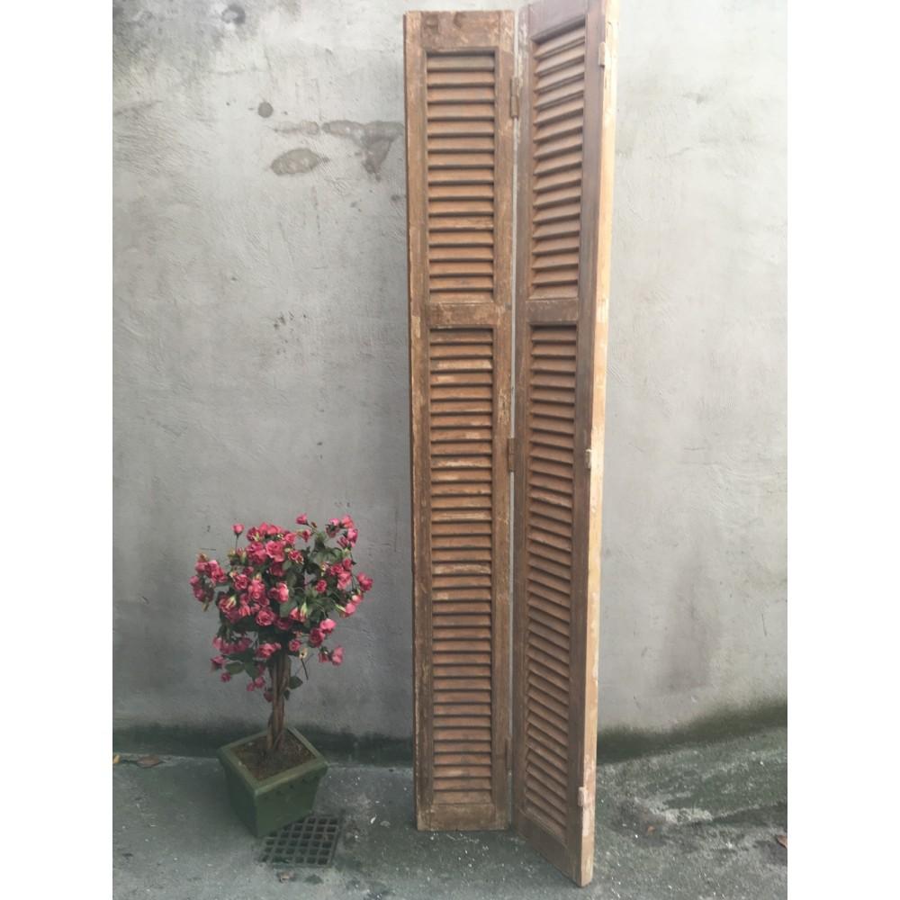 Gamle Franske Dekorative Skodder-320