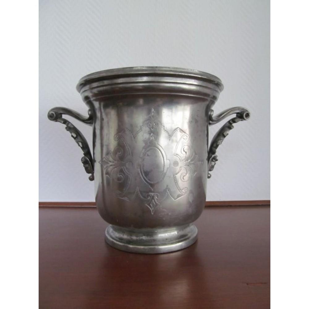 Antik Champagne Køler i Tin-34