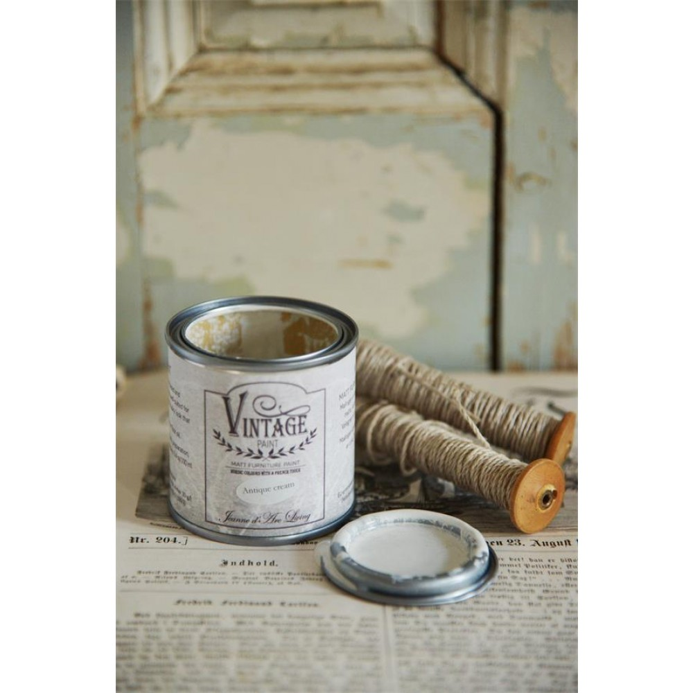 Antique Cream Vintagepaint-31
