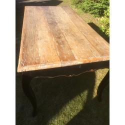 Rustikt Spisebord med Bordplade i Genbrugstræ-20