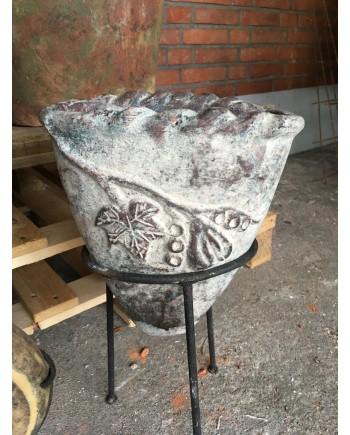 Mexikansk Vase på Jern Stativ