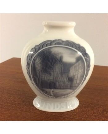 Kongelig Porcelæn Rundskue Vase